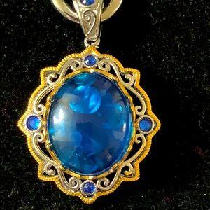 Resin beads w/crystal & resin pendant silvertone